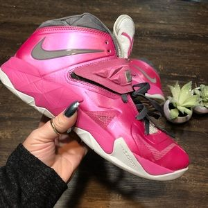 f088b61826a Women s Breast Cancer Sneakers Nike on Poshmark